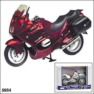 "Autotime.  Мотоцикл 1:18 арт.9984/76205/05 ""BMW R1100RT"" 1:18"
