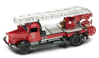 "Yat Ming.43012 1:43 Пожарная машина ""Mercedes L4500F"" 1944 г."