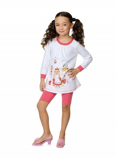 Пижама с длинными рукавами.