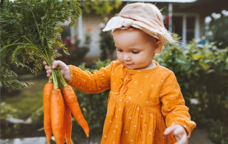 Нескучная дача: как сделать загородный отдых малыша безопасным и интересным