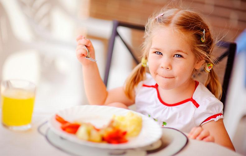 Летний режим питания ребенка