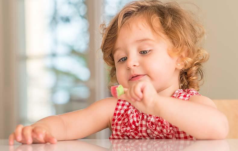 Сахар: вред или польза для малыша