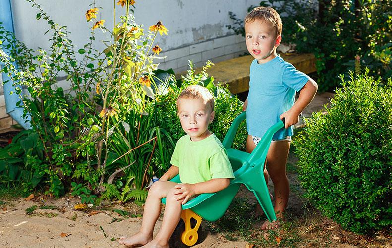 Дача для малыша: инструкция по подготовке